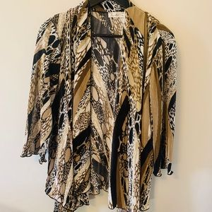 2/$18 VINTAGE / Abstract Print / Open Front / Top